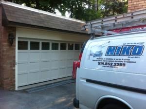 Laval Garage Doors - Portes de garage laval